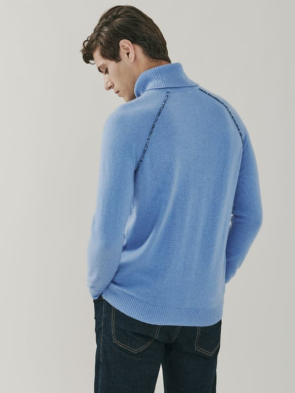 Mayfair Detail Cashmere Roll Neck Sweater - Soft Blue
