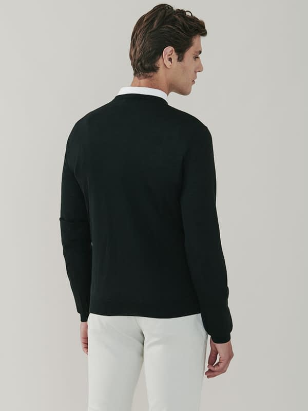 Pitt Cashmere and Silk V Neck Sweater - Black