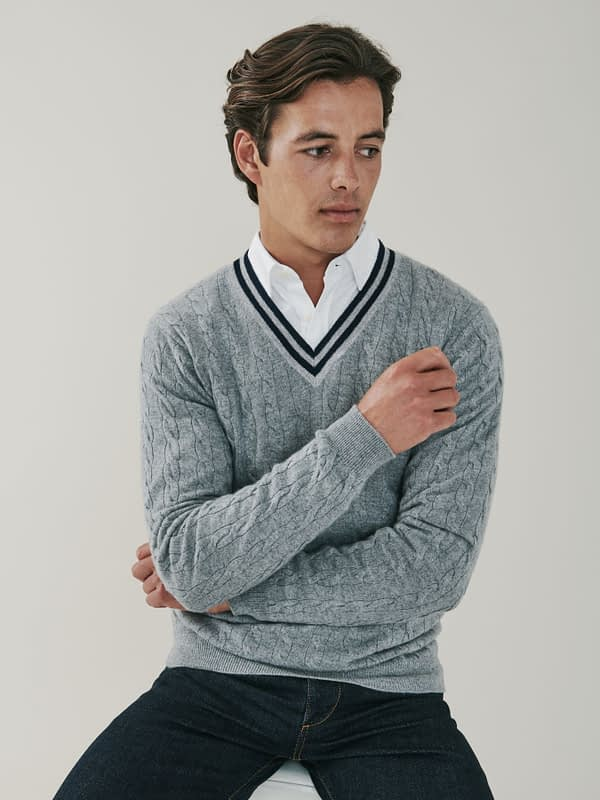 Harvard Cable Knit Cashmere V Neck Sweater - Heather Grey