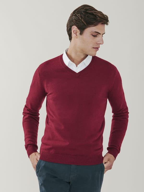 Killington Cashmere V Neck Sweater - Burgundy
